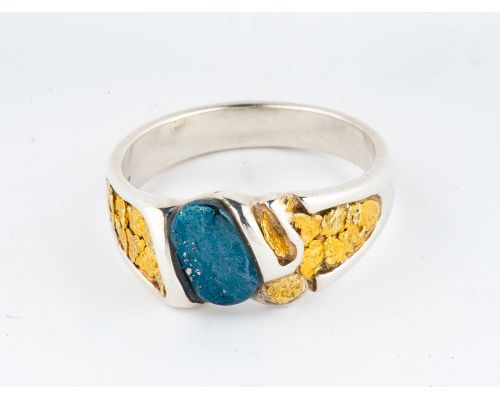 Star of Alaska Covellite Men's Ring With Natural Gold Nuggets